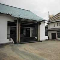 薬王寺会館-外観